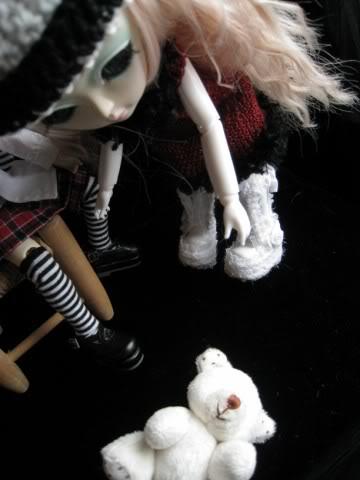 Mes dollz: une nouvelle arrivante [Berry Abricot] IMG_0035640x480