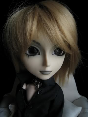 Mes dollz: une nouvelle arrivante [Berry Abricot] IMG_0045640x480