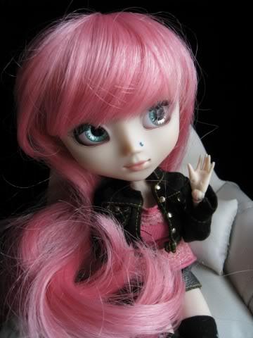 Mes dollz: une nouvelle arrivante [Berry Abricot] IMG_0049640x480