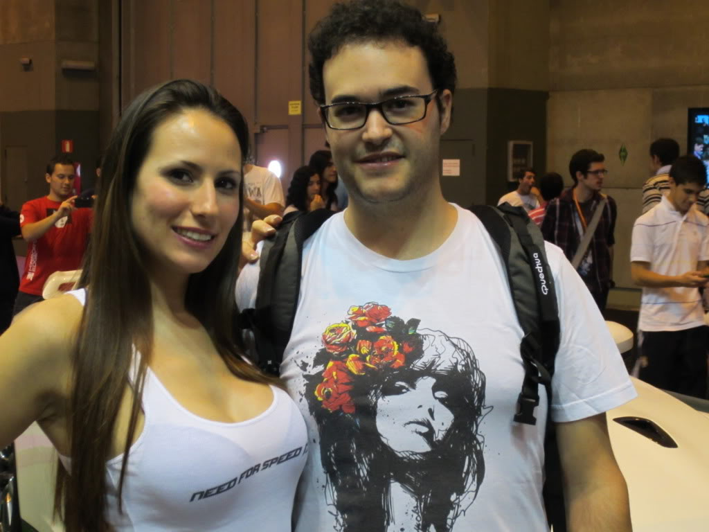 [Post Oficial] Fotos Gamefest 2011 y Quedada Lambdiana - Página 2 IMG_0474