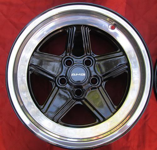 Vendo W126 560 SEC 1988 kit AMG original R$ 55.000,00 - VENDIDO - Página 3 IMG_07732