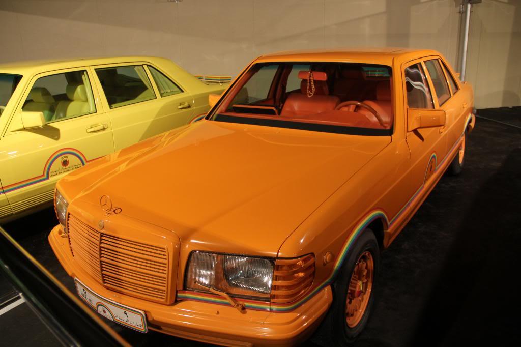 """(HISTÓRIA): Emirates National Auto Museum - Coleção de W126 (500SEL) """"Diferentes"""" IMG_2597_zps9fe439ef"""