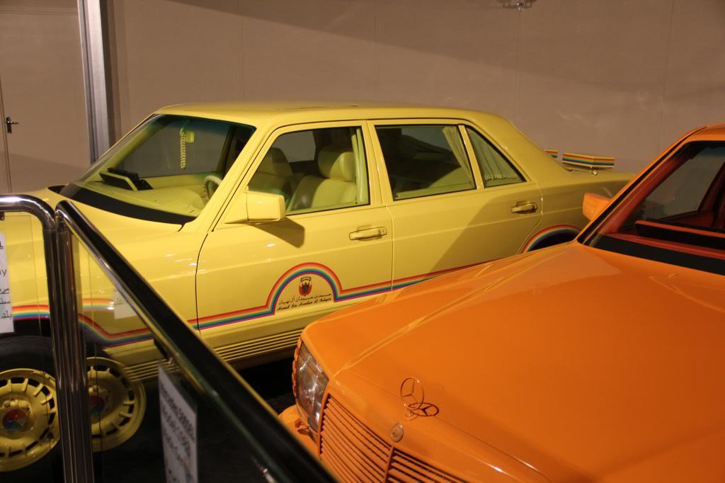 """(HISTÓRIA): Emirates National Auto Museum - Coleção de W126 (500SEL) """"Diferentes"""" IMG_2598_zps843c534d"""