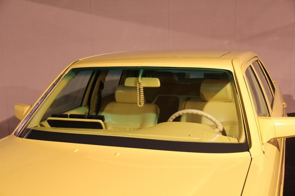 """(HISTÓRIA): Emirates National Auto Museum - Coleção de W126 (500SEL) """"Diferentes"""" IMG_2600_zps29780095"""