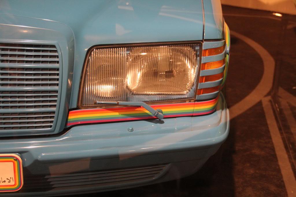 """(HISTÓRIA): Emirates National Auto Museum - Coleção de W126 (500SEL) """"Diferentes"""" IMG_2607_zps8e4e0ee9"""