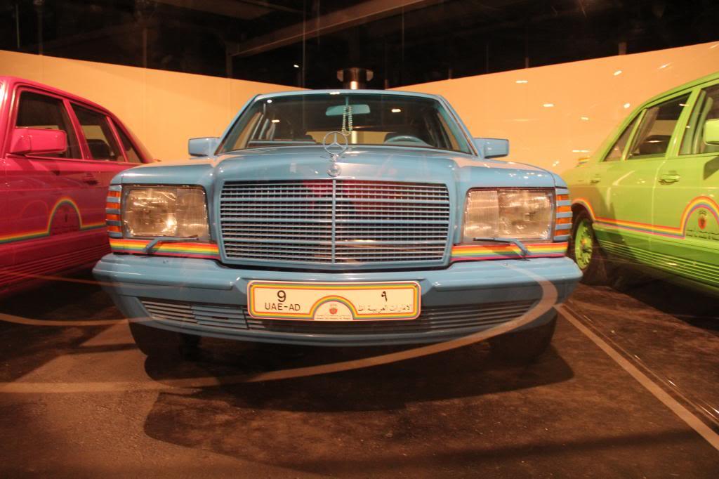 """(HISTÓRIA): Emirates National Auto Museum - Coleção de W126 (500SEL) """"Diferentes"""" IMG_2608_zps50b7851b"""