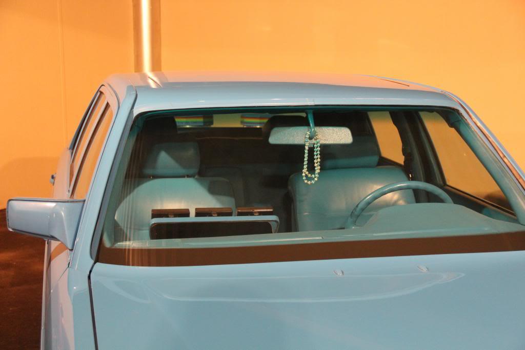 """(HISTÓRIA): Emirates National Auto Museum - Coleção de W126 (500SEL) """"Diferentes"""" IMG_2609_zps053b0559"""