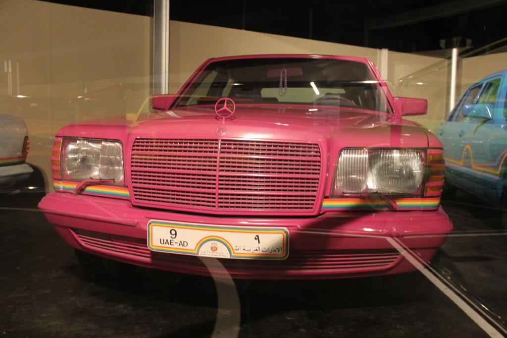 """(HISTÓRIA): Emirates National Auto Museum - Coleção de W126 (500SEL) """"Diferentes"""" IMG_2610_zpsa5670aaa"""