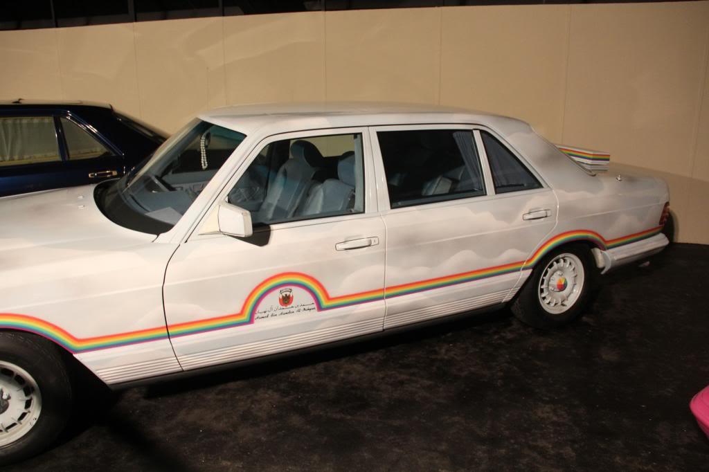 """(HISTÓRIA): Emirates National Auto Museum - Coleção de W126 (500SEL) """"Diferentes"""" IMG_2612_zps658914ee"""