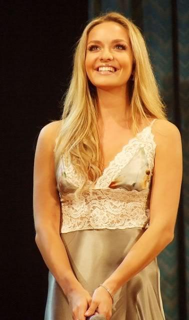 Official Thread of Miss World 2006 - Tatana Kucharova (Czech Republic) - Page 2 H3