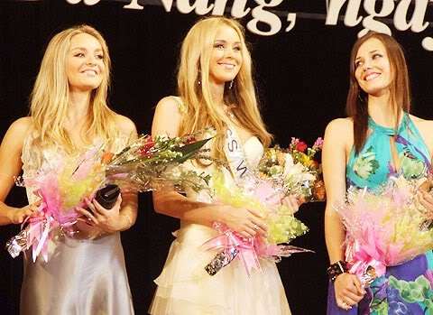 Official Thread of Miss World 2006 - Tatana Kucharova (Czech Republic) - Page 2 H4