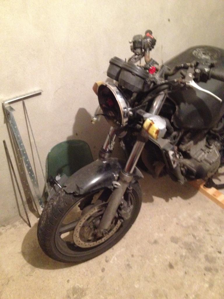 Front to Back - Honda CB500 02Frontendbeforework_zpse849dd3b