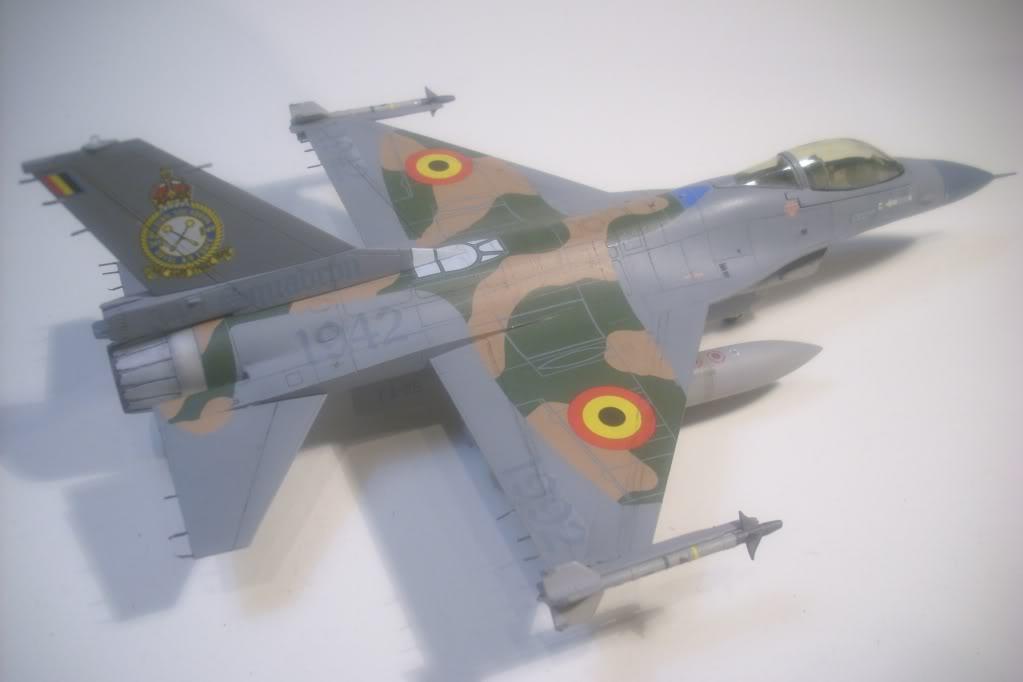 F-16 A 1/72 Revell - Página 2 DSCI0116