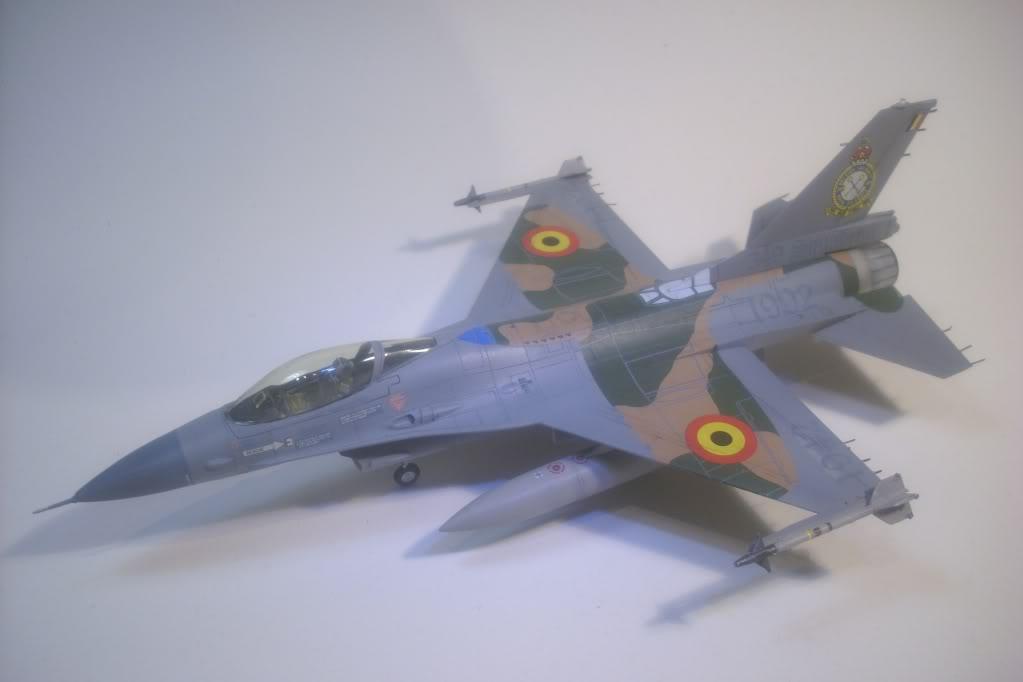 F-16 A 1/72 Revell - Página 2 DSCI0137