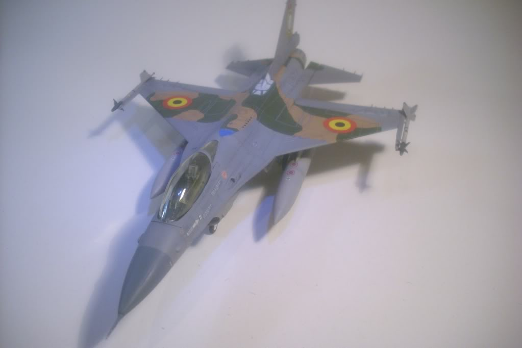 F-16 A 1/72 Revell - Página 2 F16Ab