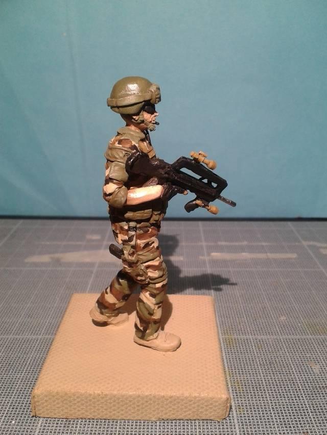 Fig 75 mm Opération Serval MAJ 11/09/2015, suite peinture - Page 3 20150910_211534_zps2etwxy9c