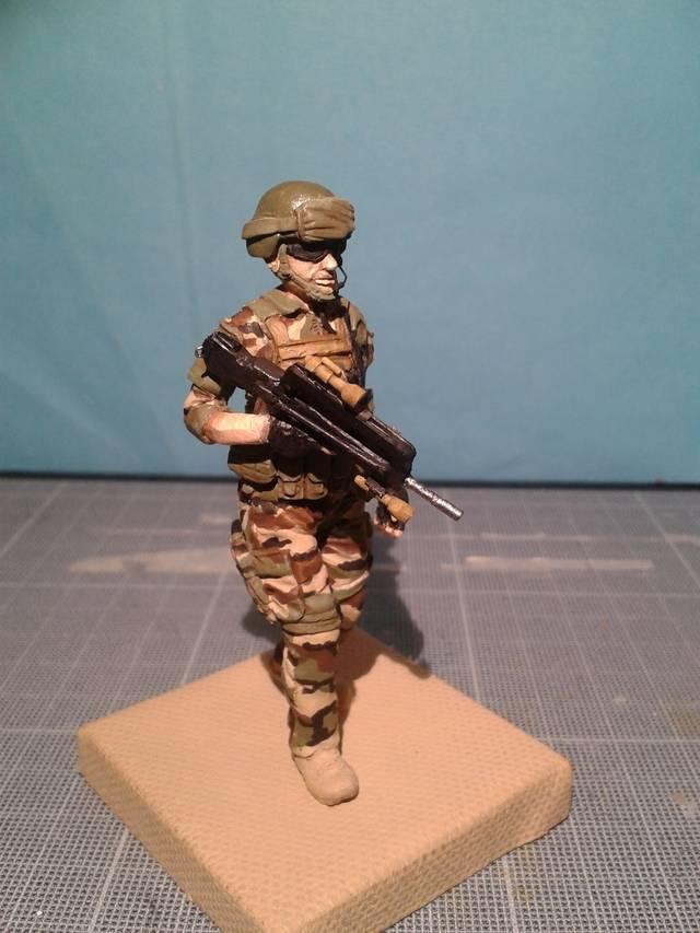 Fig 75 mm Opération Serval MAJ 11/09/2015, suite peinture - Page 3 20150910_211611_zpsd4v66hux