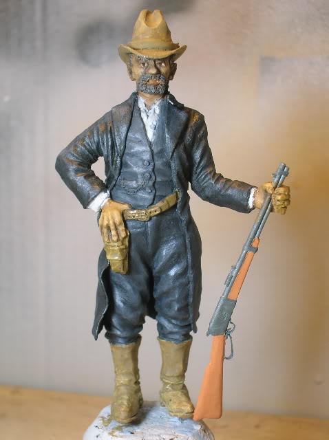 """Wild West Gunman, Figurine """"maison"""" 90 mm MAJ 15/06/12 TERMINEE DSCN1301"""