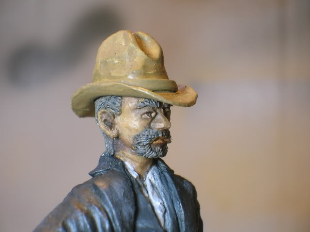 """Wild West Gunman, Figurine """"maison"""" 90 mm MAJ 15/06/12 TERMINEE DSCN1306"""