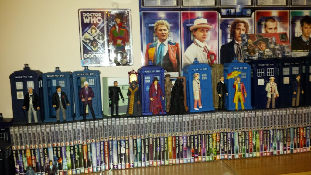 Show off your figure collections!!! - Page 18 2014-07-31232631_zps52598182