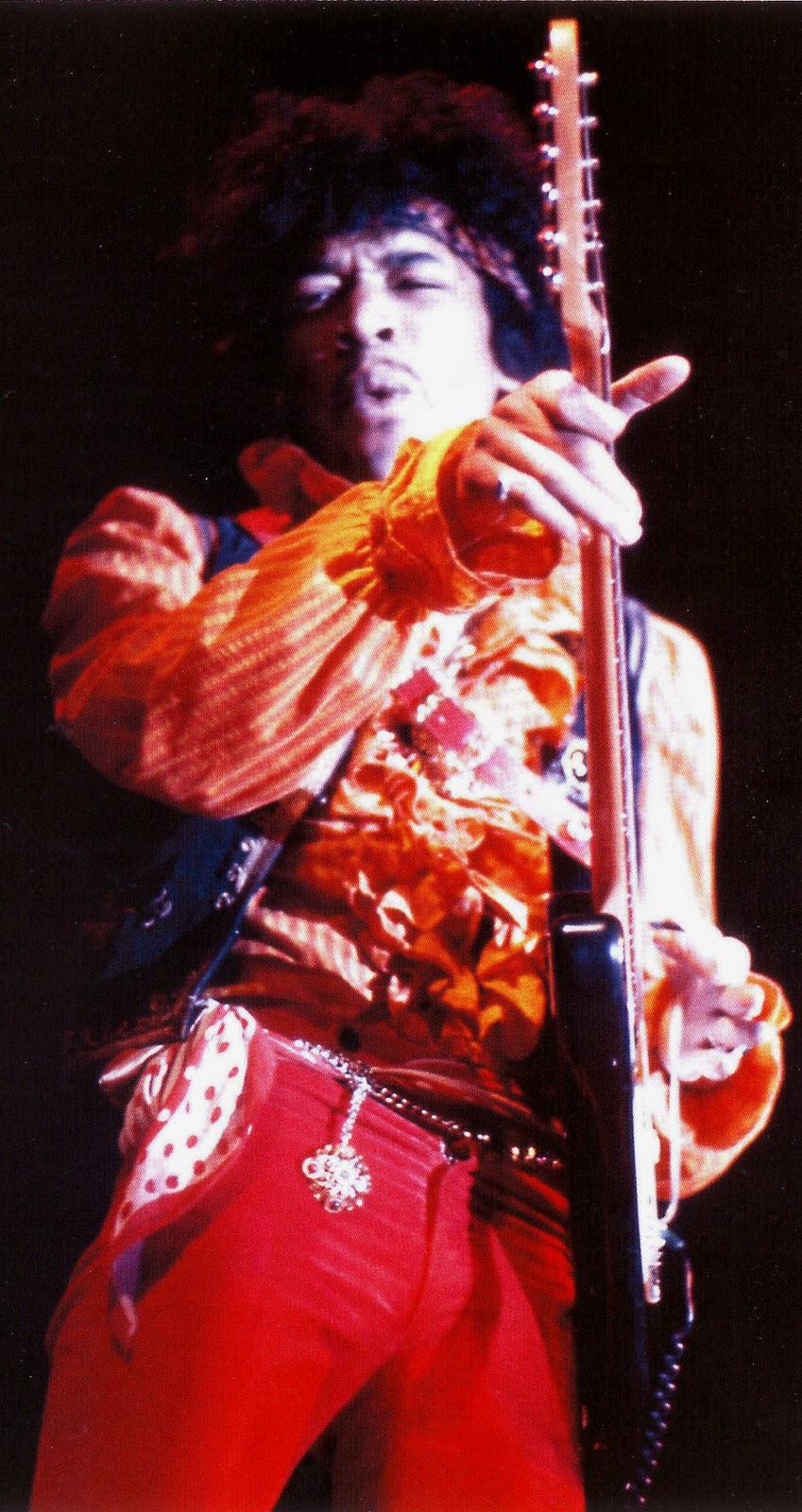 Live At Monterey (2007) F9c81202561c6688c642d3eb6b510617