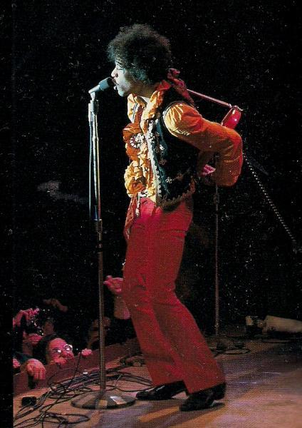 Live At Monterey (2007) A8560d42e756a8bc0ea7b1e2bc4ffa51