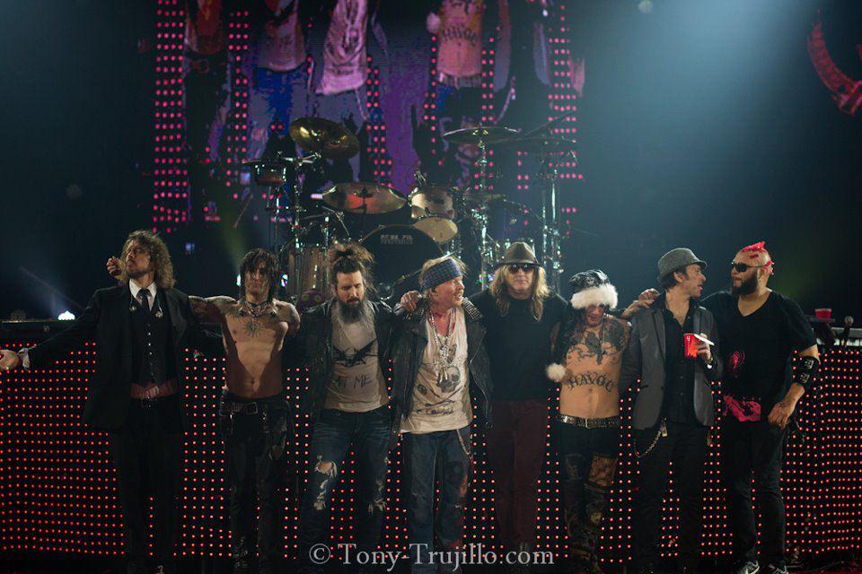 Guns N' Roses/განზ-ენ-როუზი 782f29ebe977def2295dfe3674a84427