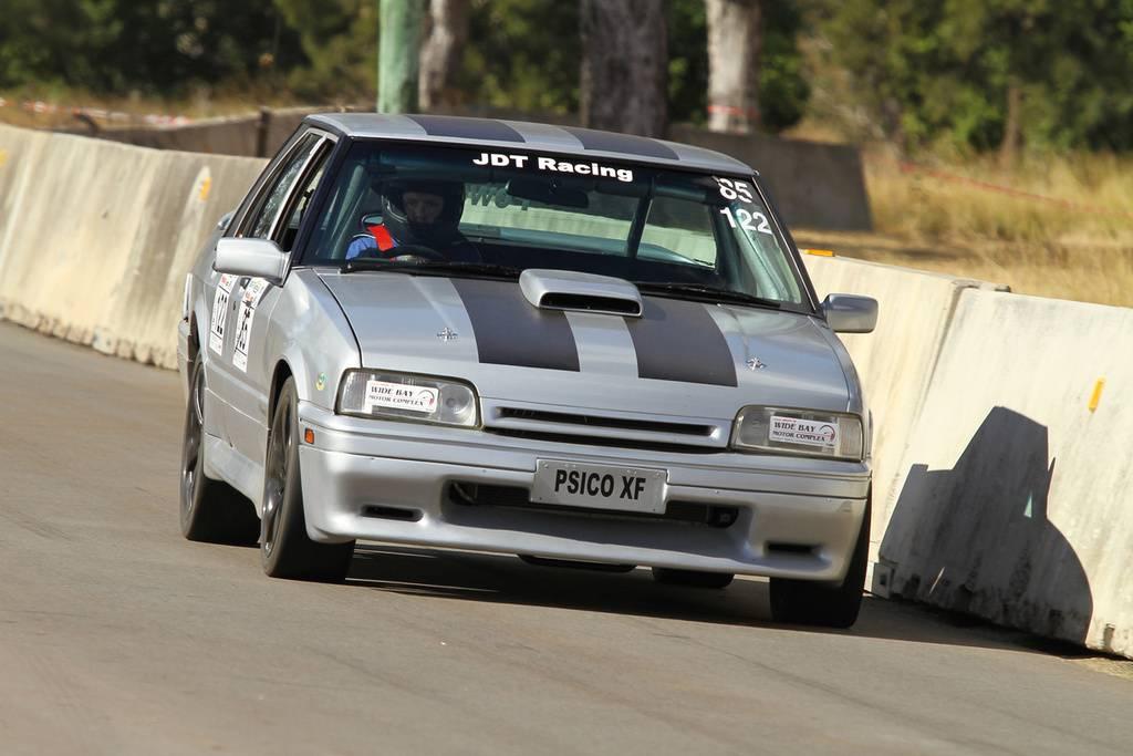BF Powered XF Race Car - Page 4 20070611wondai%201012-ZF-8653-82218-1-002-001_zpsrb7tdizi