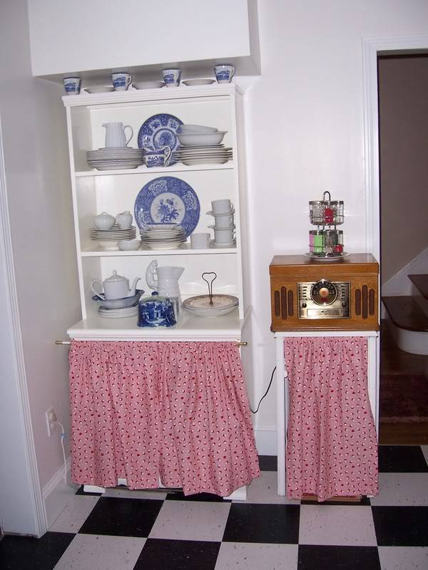 House Renovation...back to the 30s. - Page 3 000_1128
