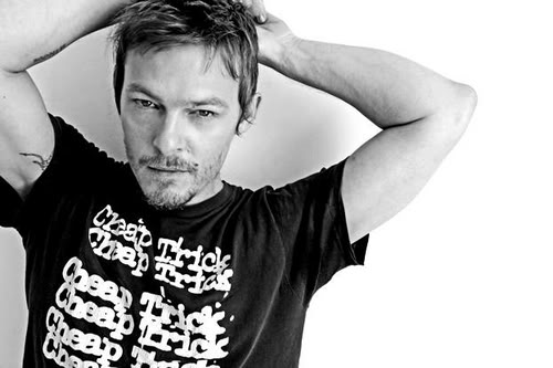 photo norman-reedus-sooo-foyy-large-msg-130368160451.jpg
