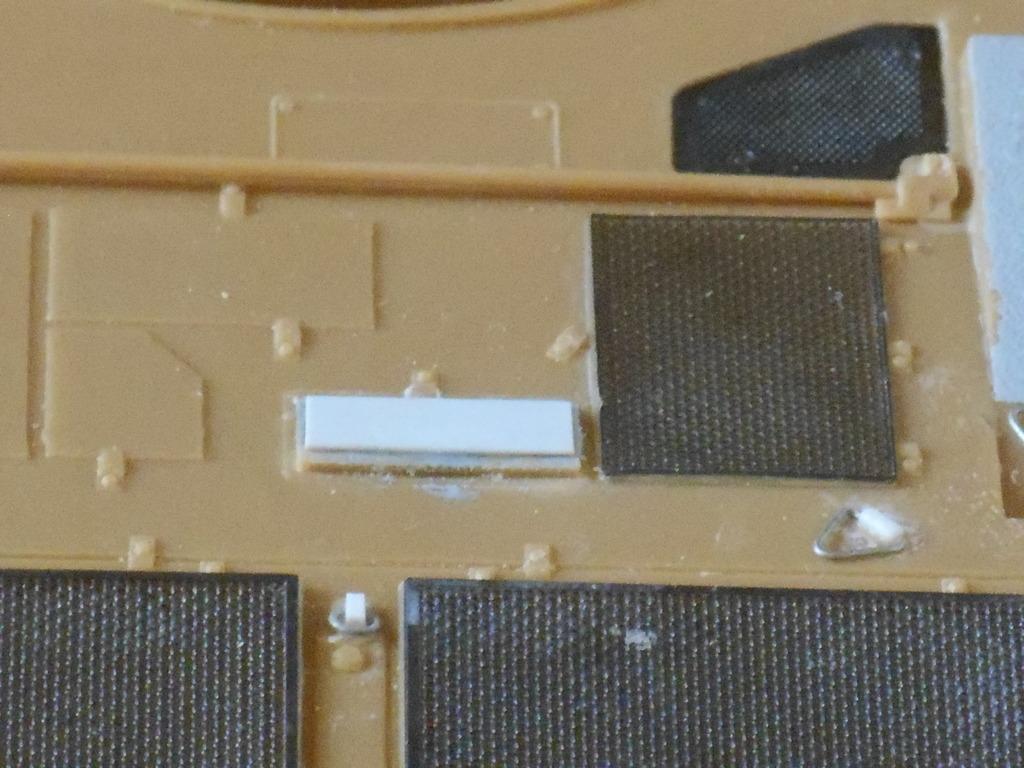 1/35 LECLERC T3 BRULOOZ (sur base Heller) DSCN1747_zpsd0m1wpdk
