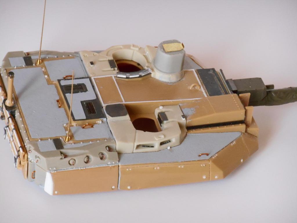 1/35 LECLERC T3 BRULOOZ (sur base Heller) DSCN1760_zpsyfim7gi0