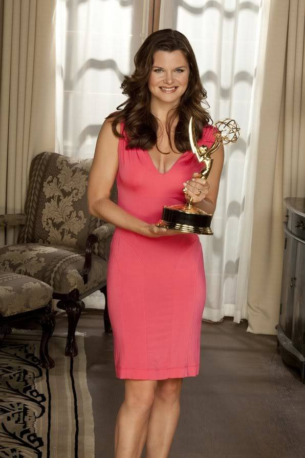 Heather Shows Off Her Emmy Trophy HeatherTomEmmyWin