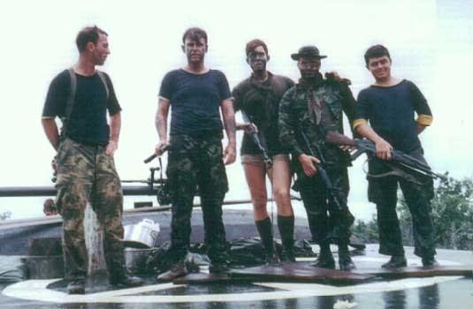 Navy SEALs 001qw4ht