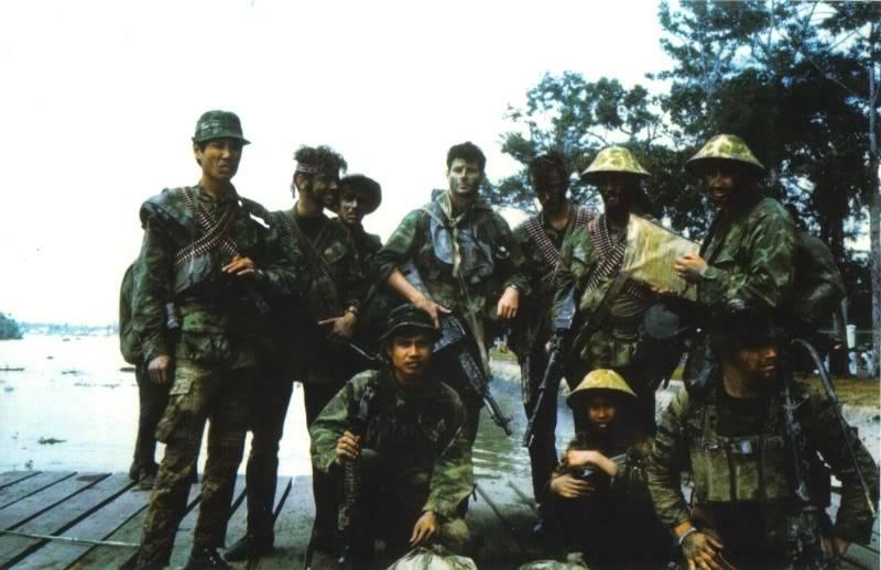 Navy SEALs 2-20