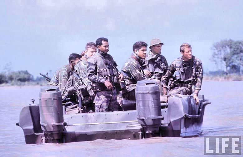 Navy SEALs Apltst1