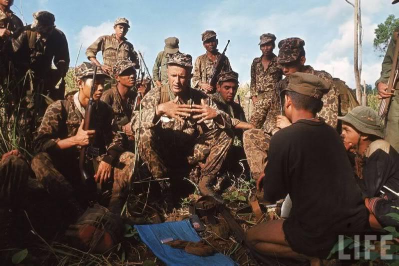 Navy SEALs Oar1