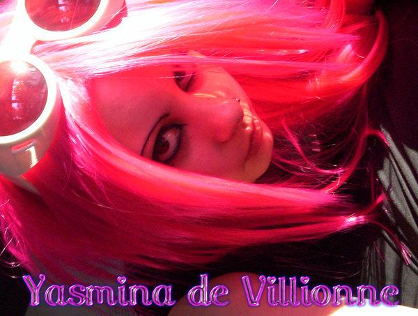 Yasmina de Villionne YasSig2