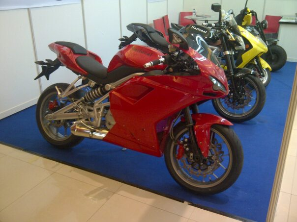 Ducati Monster DIESEL EDITION sangar abisss 527953_10150883359407646_675627645_12686273_379634306_n-1