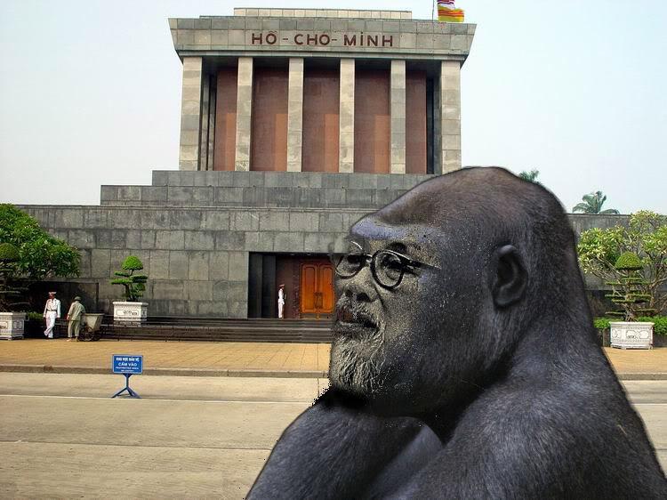 Dang Cong San : Mot Lu Khi 1099976176841_Hanoi-323