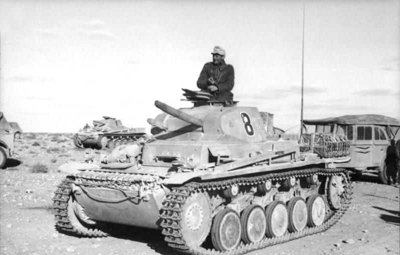KALENDAR - Dogodilo se na današnji dan Nordafrika_Panzer_II_zps1e6906ea