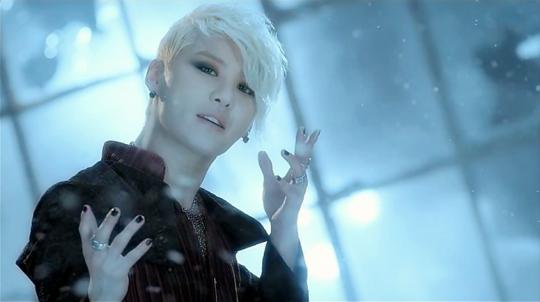 Ídolos del kpop con cabello rubio Screen-Shot-2012-08-10-at-23829-PM-540x302