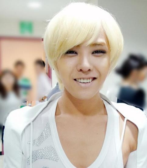 Ídolos del kpop con cabello rubio Screen-Shot-2012-08-10-at-33302-PM