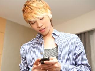 Ídolos del kpop con cabello rubio Jonghyunshinee