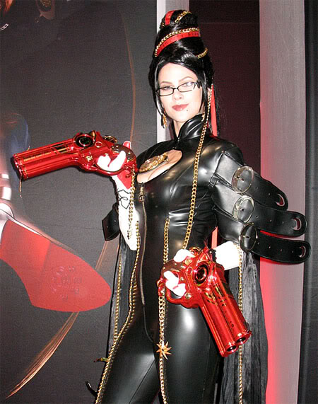 Cosplay au Japon. Le best of!!! 20091012bayonetta