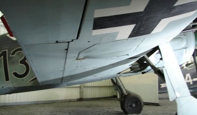 Focke Wulf 190 F4C 1/4 Scale - Page 2 2009-09-23_201029_w_fw190a8_lebourg