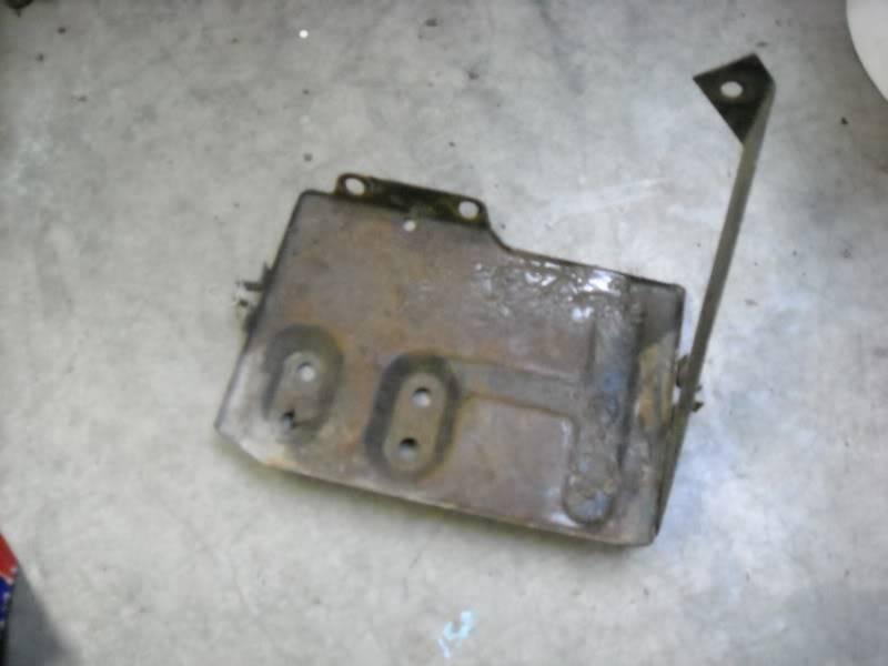 Rebuilt my battery tray. DSCN0044