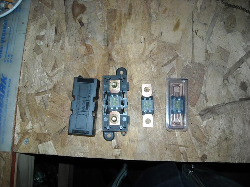 100 amp Fusible Link DSCN0096