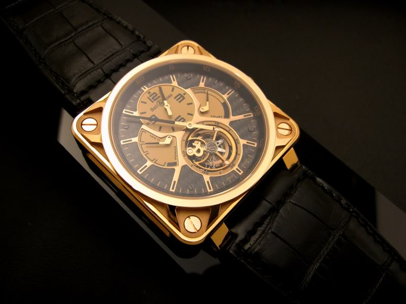 Safari Photo : Bell and Ross BR 01 Tourbillon Pink Gold Carbon BellRoss01