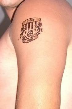 Tatuaje      Tatuaj